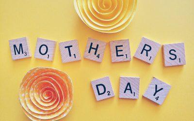 Bonne fête Mère ou bonne fête Maman ? | lesfrançais.press